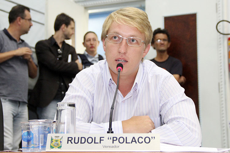 A Comissão requerida pelo líder do governo, vereador Rudolf Polaco,  vai investigar denúncias de má utilização do uso da frota de veículos do Município
