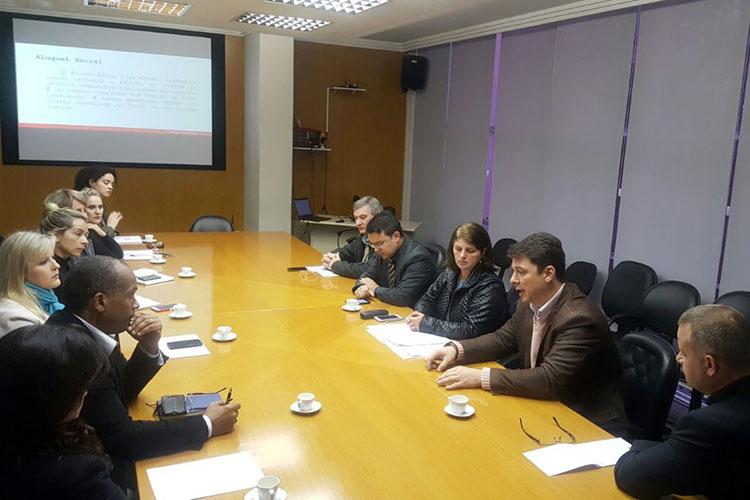 Em encontro da Prolar com diversas secretarias, buscou-se garantir que novos empreendimentos tenham estrutura em educação, saúde e mobilidade