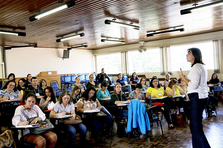 Durante o encontro, foi discutida a elaboração de planos de ação sempre com foco em melhorar os índices de aprendizagem dos alunos