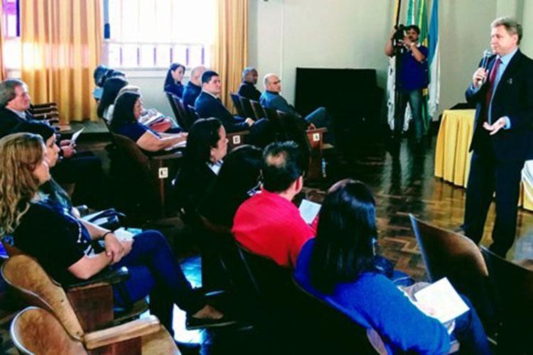 Os temas abordados no evento são referentes à fiscalização de contratos, da gestão de pessoas e do orçamento público