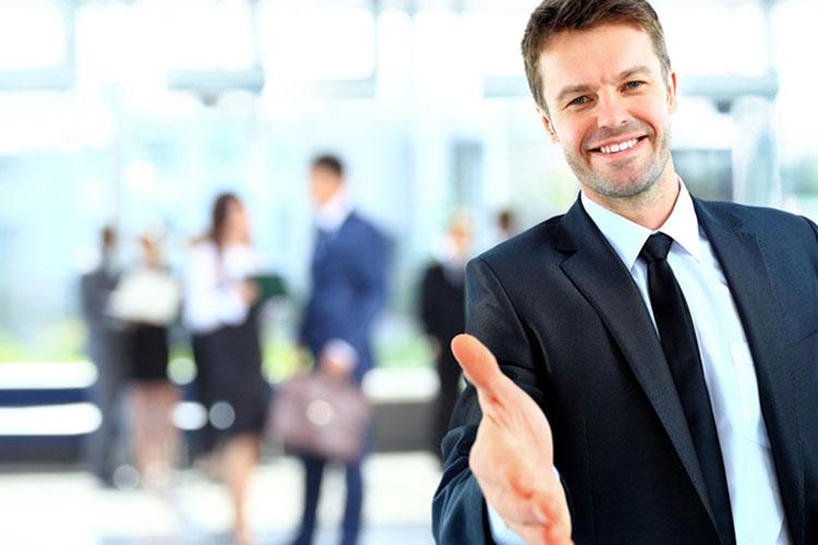 Pré-matrículas seguem até 20 de fevereiro para cursos relacionados à área de indústria, comércio e turismo, como idiomas e atendimento