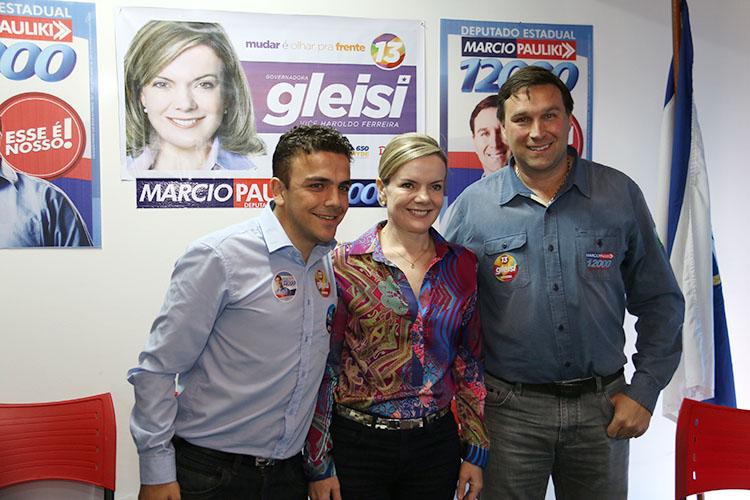 As negociações tem tomado tempo e tirado o sono dos dois que se elegeram com o apoio do PT, mas após a derrocada de figuras como a senadora Gleisi Hoffmann (PT), com quem se abraçaram na última eleição, tentam se descolar da imagem de petistas